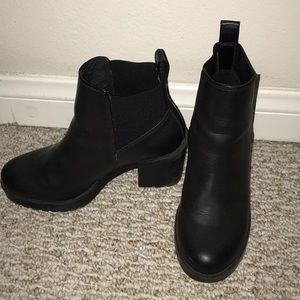 H&M black booties size 5.5